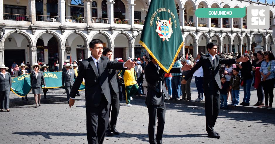 desfile-plaza-de-armas