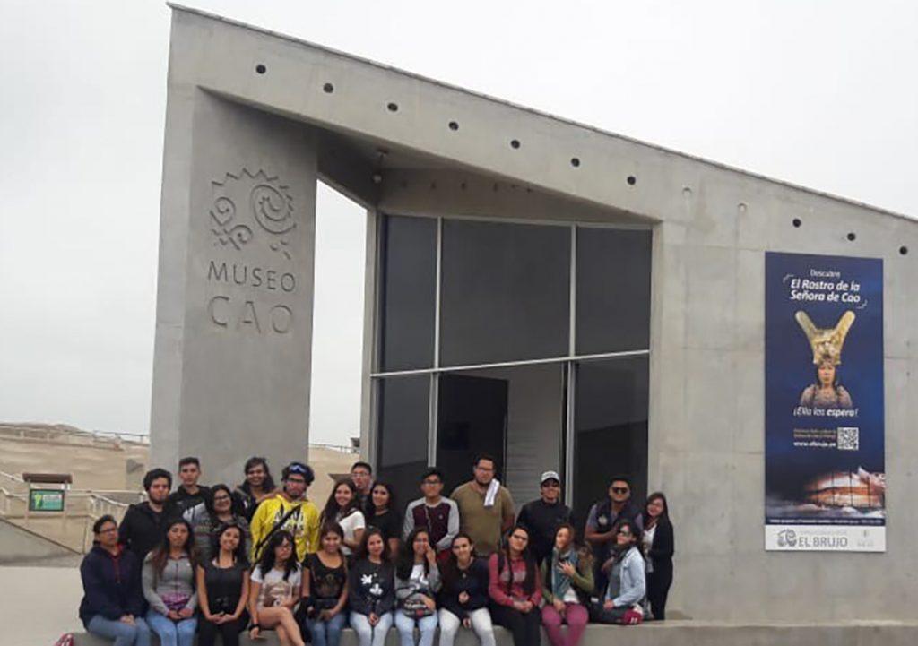 noticia-de-alumnos-turismo-en-el-norte-ucsm