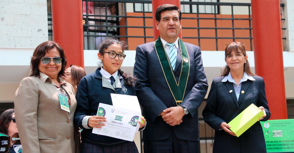 alumna-de-la-asuncion-ucsm-ganadora