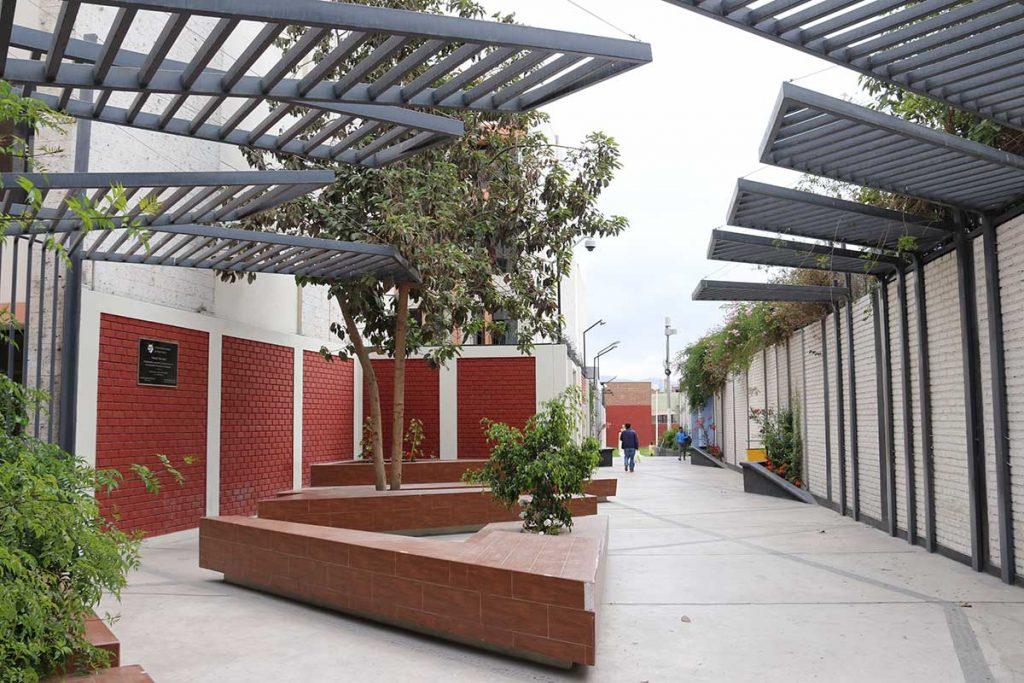 ucsm-se-convierte-en-la-primera-casa-superior-en-funcionar-con-energia-solar-pasaje