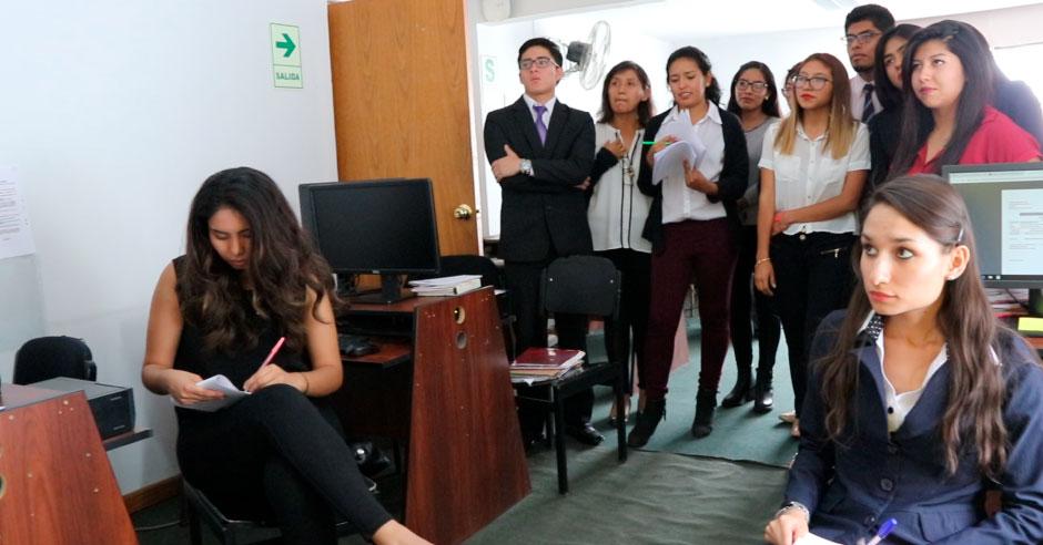 estudiantes-consultorio-juridico