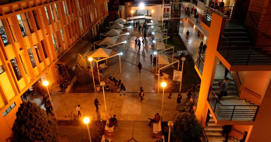 campus-ucsm-paneles-eneergia-solar-2jpg
