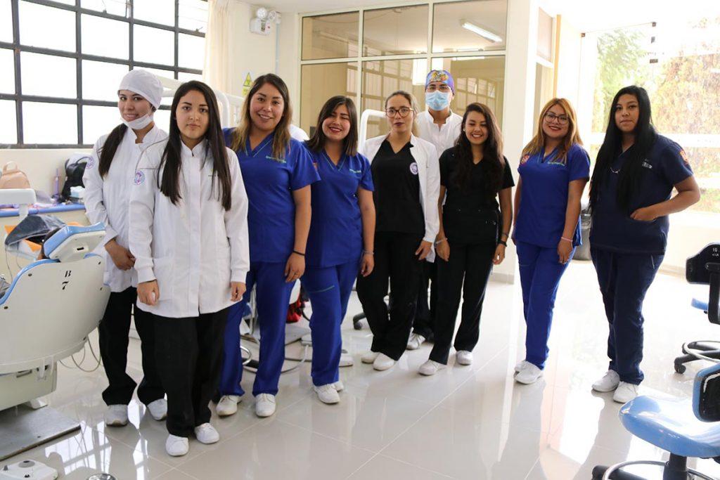 clinica-odontologica-modernizo-sus-instalaciones-y-hoy-cuenta-con-tomografo-3d-ucsm-02