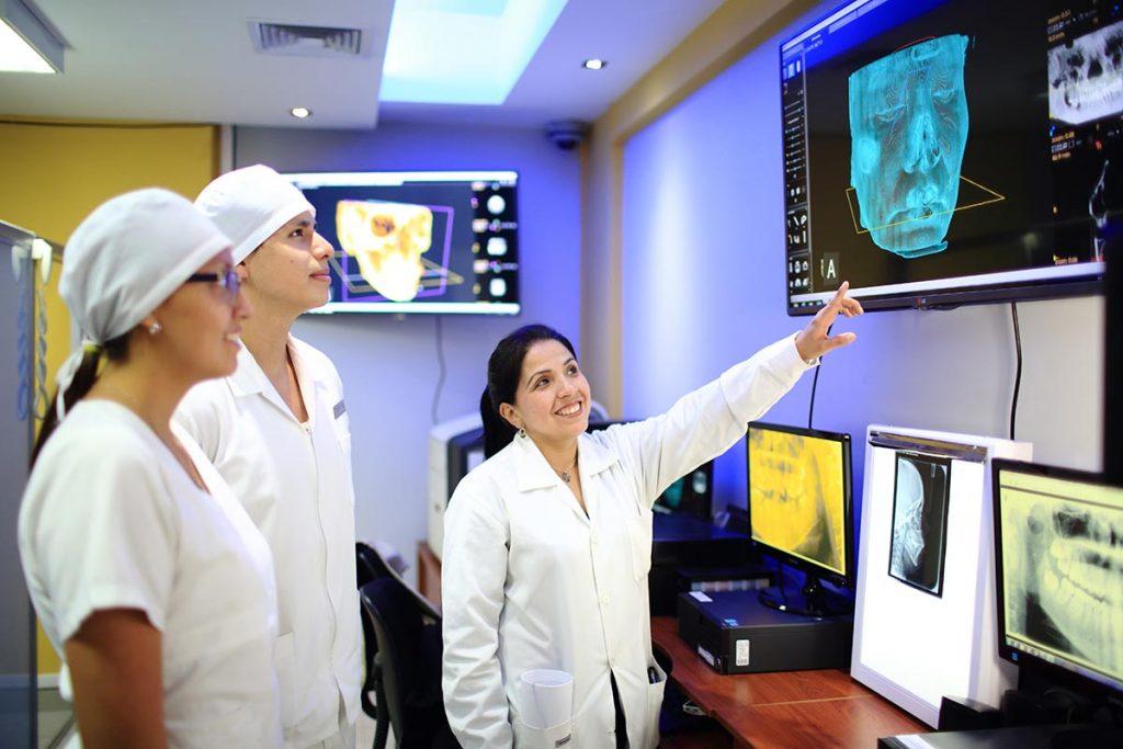 clinica-odontologica-modernizo-sus-instalaciones-y-hoy-cuenta-con-tomografo-3d-ucsm-04