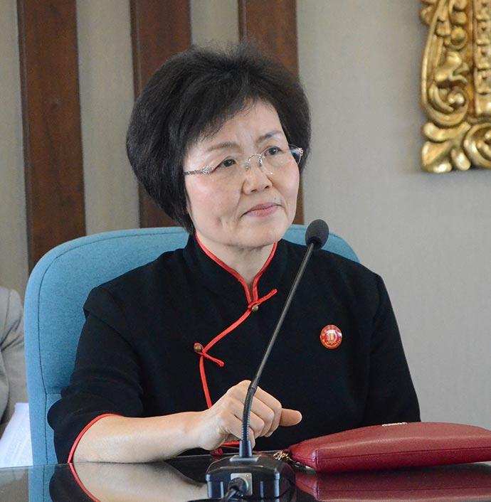 republica-popular-china-y-ucsm-aperturaran-primer-colegio-peruano-chino-en-el-sur-del-peru-presidenta