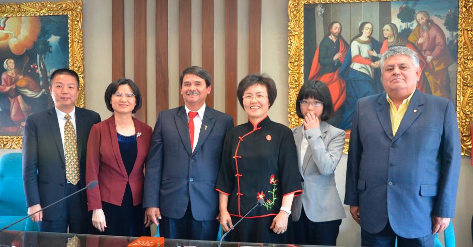 republica-popular-china-y-ucsm-aperturaran-primer-colegio-peruano-chino-en-el-sur-del-peru