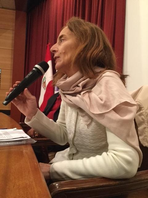 expositora-conferencia-internacional-sobre-justicia