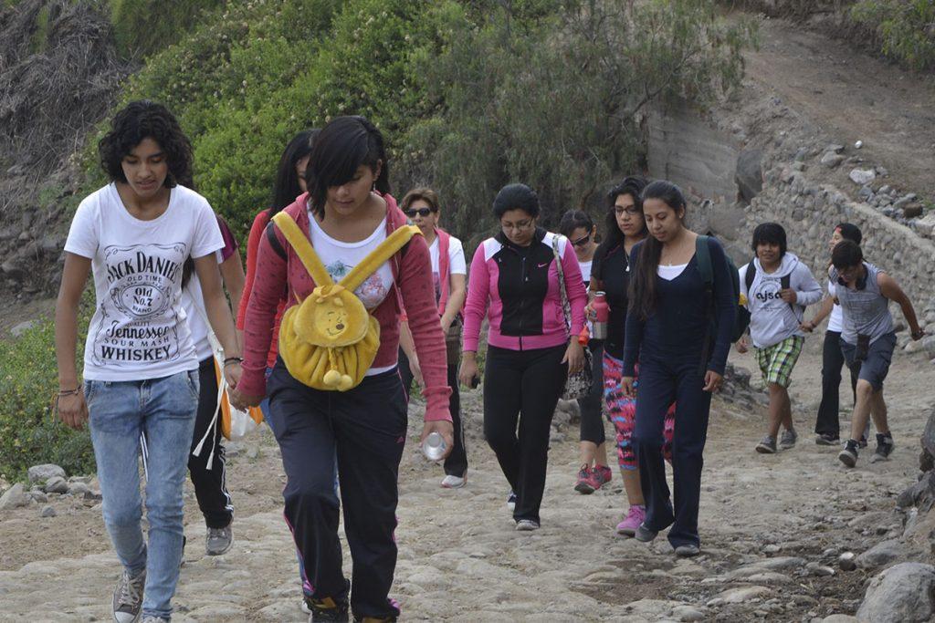 mas-de-cuatro-mil-cachimbos-santamarianos-participaran-en-caminata-al-fundo-la-banda-en-huasacache_0000_dsc_8110