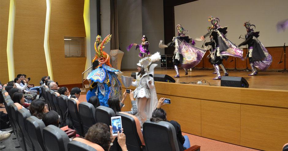 musica-color-y-alegria-derrocharon-mas-de-100-artistas-en-festival-santamariano