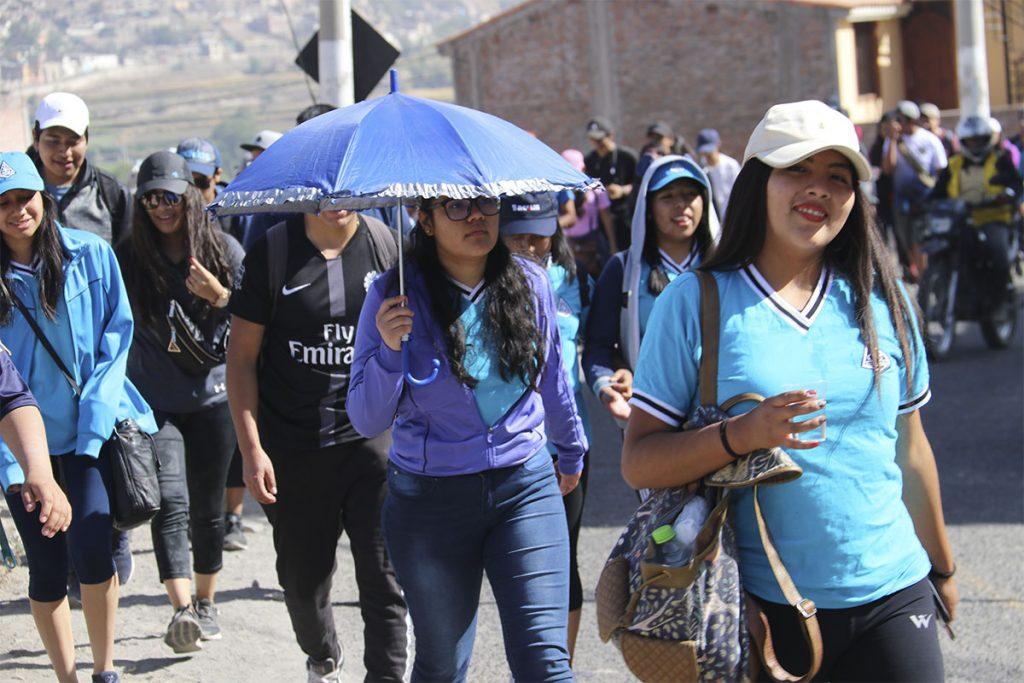 mas-de-300-alumnos-recorrieron-siete-kilometros-en-caminata-de-integracion_0000_img_4180
