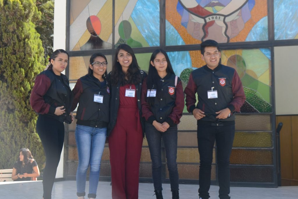 universitarios-mexicanos-reciben-formacion-academica-y-realizan-pasantias-en-la-ucsm_0001_capa-1