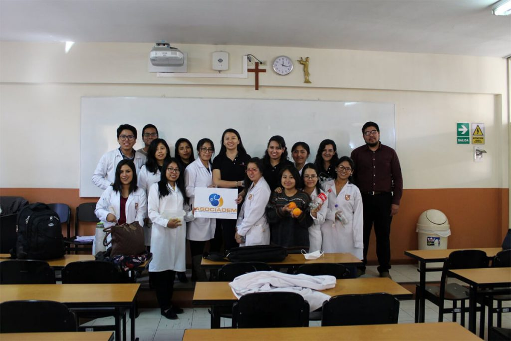 asociacion-cientifico-academica-de-estudiantes-de-medicina-realizo-taller-de-inyectables_0004_foto-2
