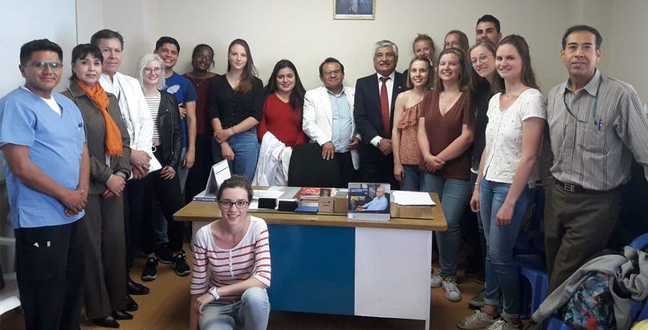 estudiantes-extranjeros-de-intercambio-con-ucsm-inician-formacion-academica-en-essalud