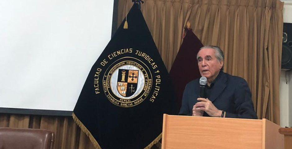politologos-marianistas-discutieron-los-alcances-de-la-reforma-agraria-en-el-peru-a-50-anos-de-su-realizacion-port