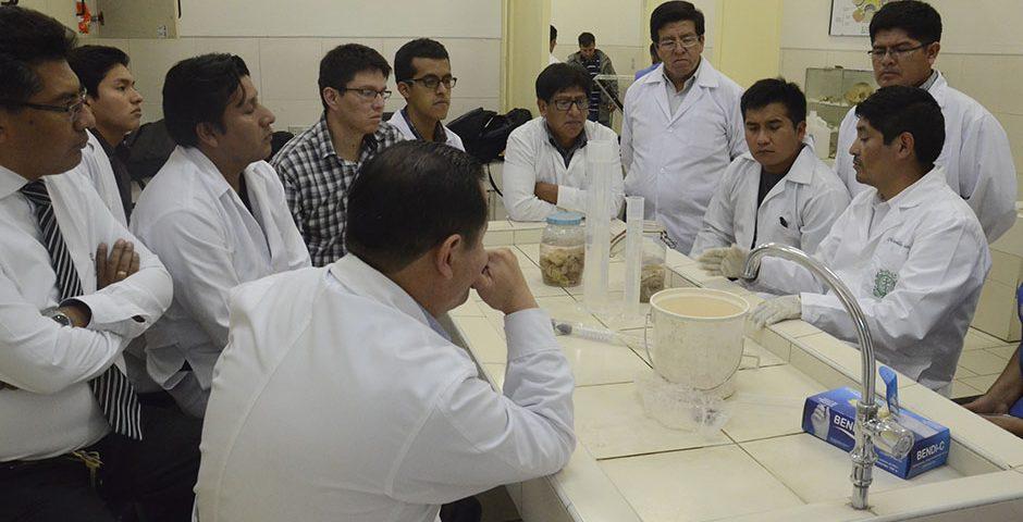 asociacion-cientifico-academica-de-estudiantes-de-medicina-culmino-xi-curso-teorico-practico-de-diseccion-ucsm