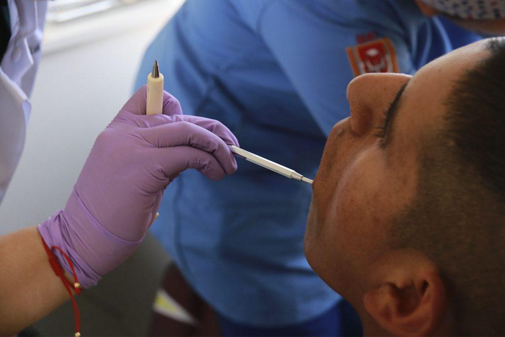 odontologos-del-peru-se-reuniran-en-la-ucsm-para-exponer-avances-cientificos-de-implantologia-dental_0000_img_3350