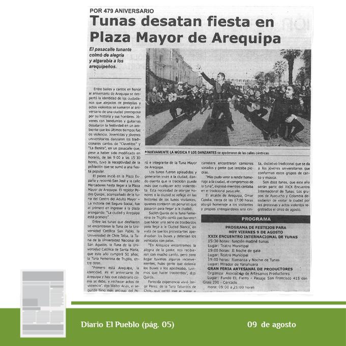 10-09-ago-tunas-desatan-fiesta-en-plaza-mayor-de-arequipa-int-png