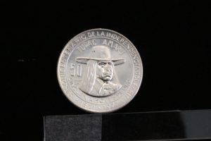 en-casa-de-la-cultura-ucsm-exponen-monedas-y-billetes-del-siglo-xvi-7