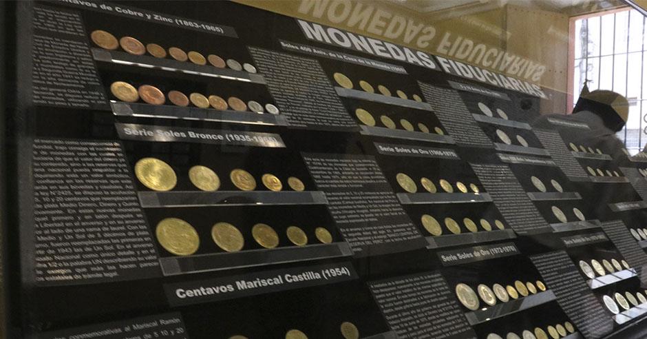 en-casa-de-la-cultura-ucsm-exponen-monedas-y-billetes-del-siglo-xvi