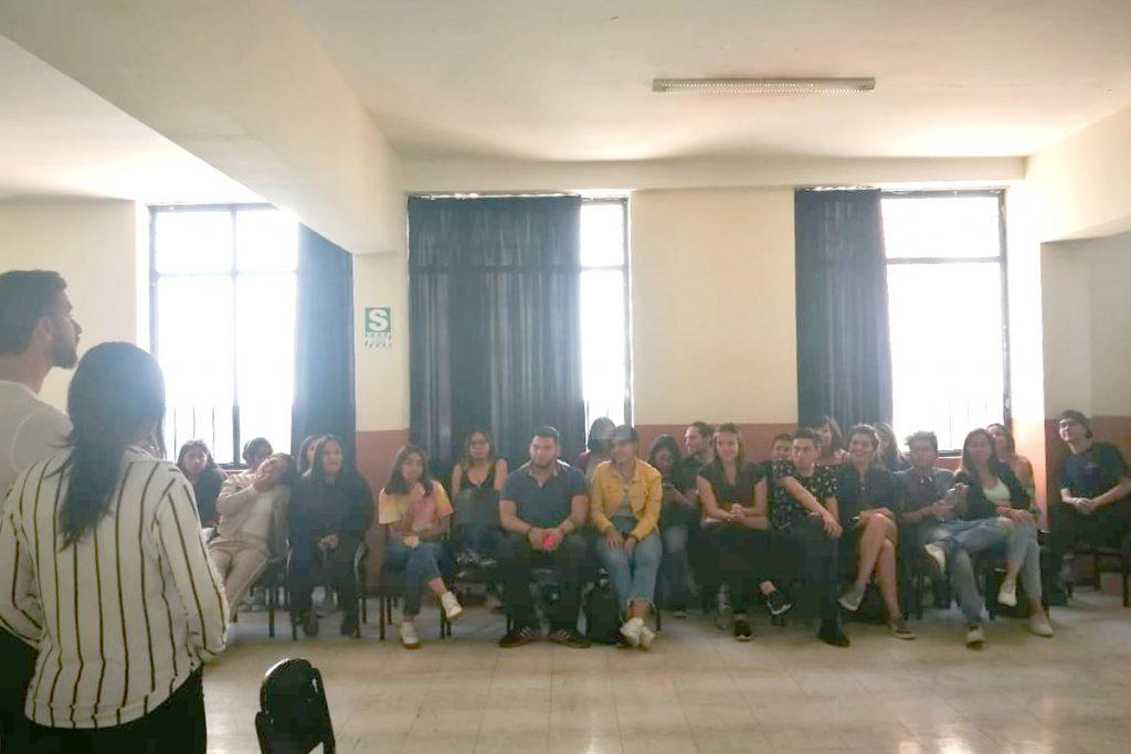 comunicadores-y-actores-se-congregaron-en-evento-que-realizo-la-catolica