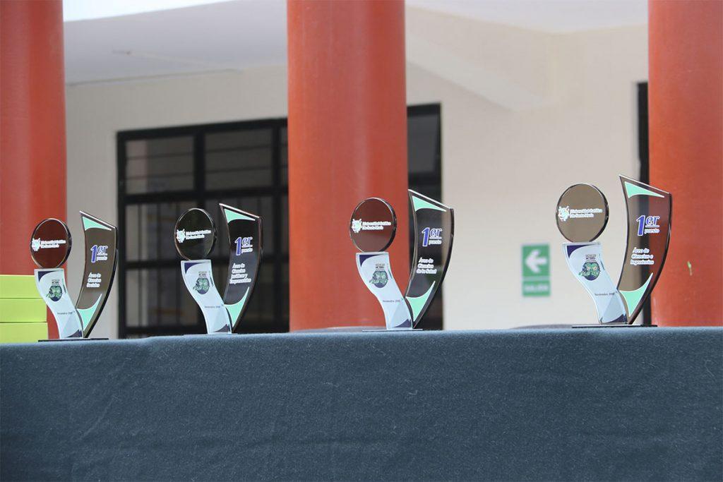 diecisiete-finalistas-se-disputaran-el-primer-lugar-del-concurso-mi-primera-investigacion_0002_mi-primera-investigac