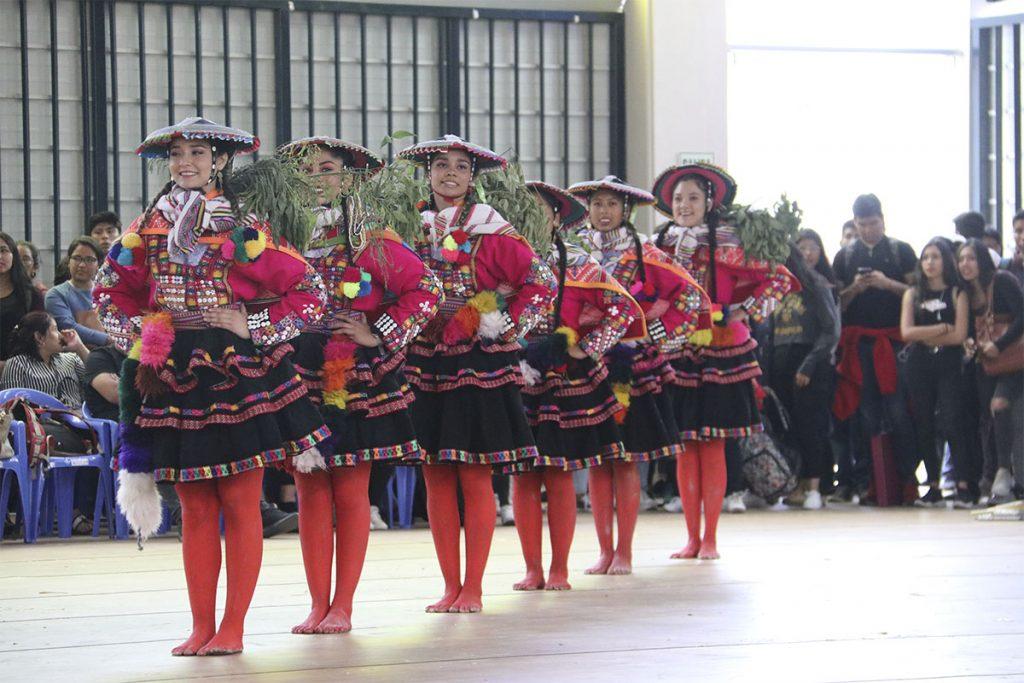 ix-concurso-de-danzas-folcloricas-interescuelas-ucsm_0002_img_9838