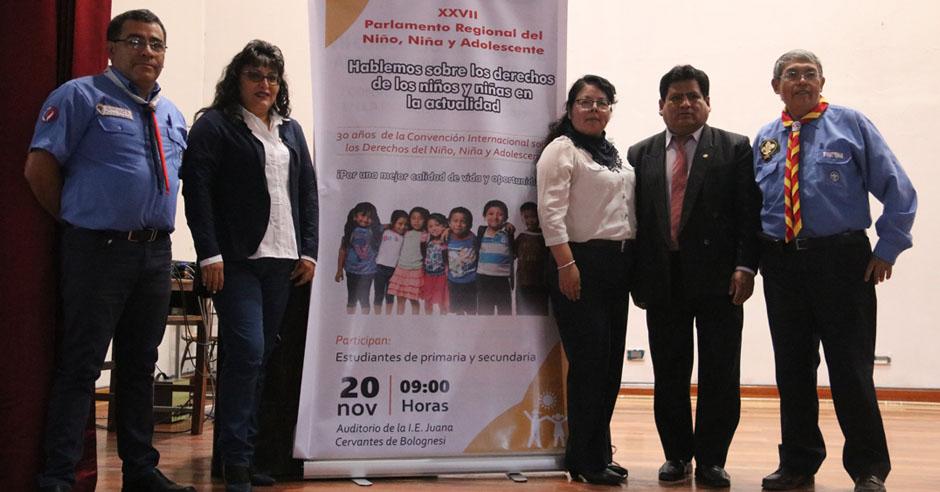 importante-labor-de-docentes-y-alumnas-de-trabajo-social-en-parlamento-regional-del-nino-nina-y-el-adolescente