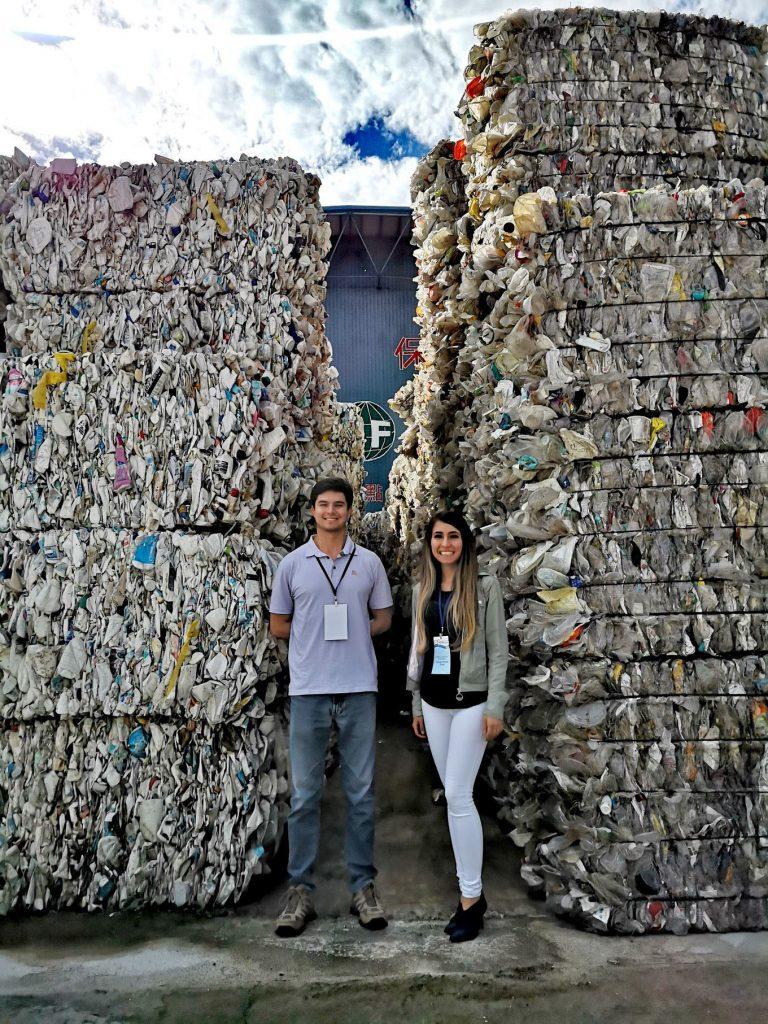 investigadora-marianista-participa-en-foro-de-apec-donde-buscan-reducir-plasticos-en-los-oceanoss