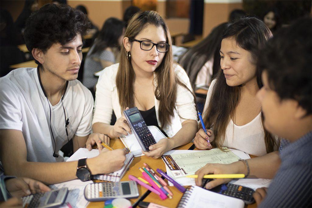 orgullo-santamariano-estudiante-de-contabilidad-gana-en-concurso-nacionalfd