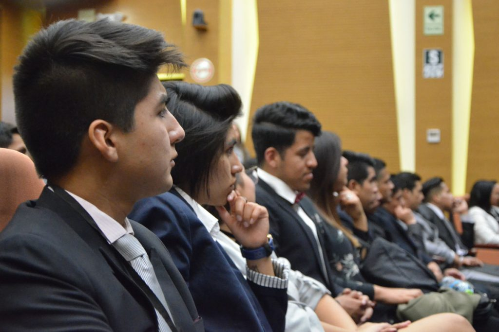 ucsm-sede-del-evento-academico-minero-mas-grande-del-pais_0001_capa-1