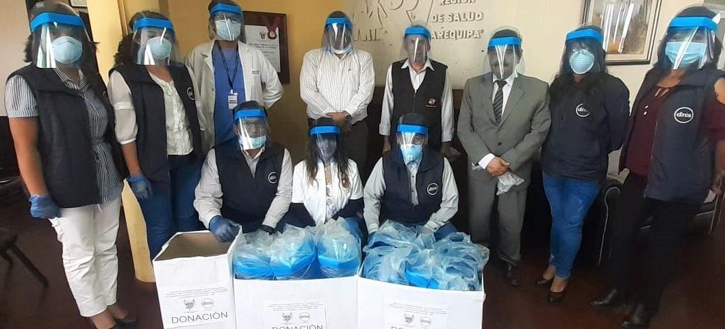 100 médicos y enfermeras están protegidos del Covid-19 gracias a ...