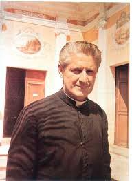 ucsm-comunidad-marianista-rinde-homenaje-a-su-fundador-al-conmemorase-110-de-su-natalicio-2