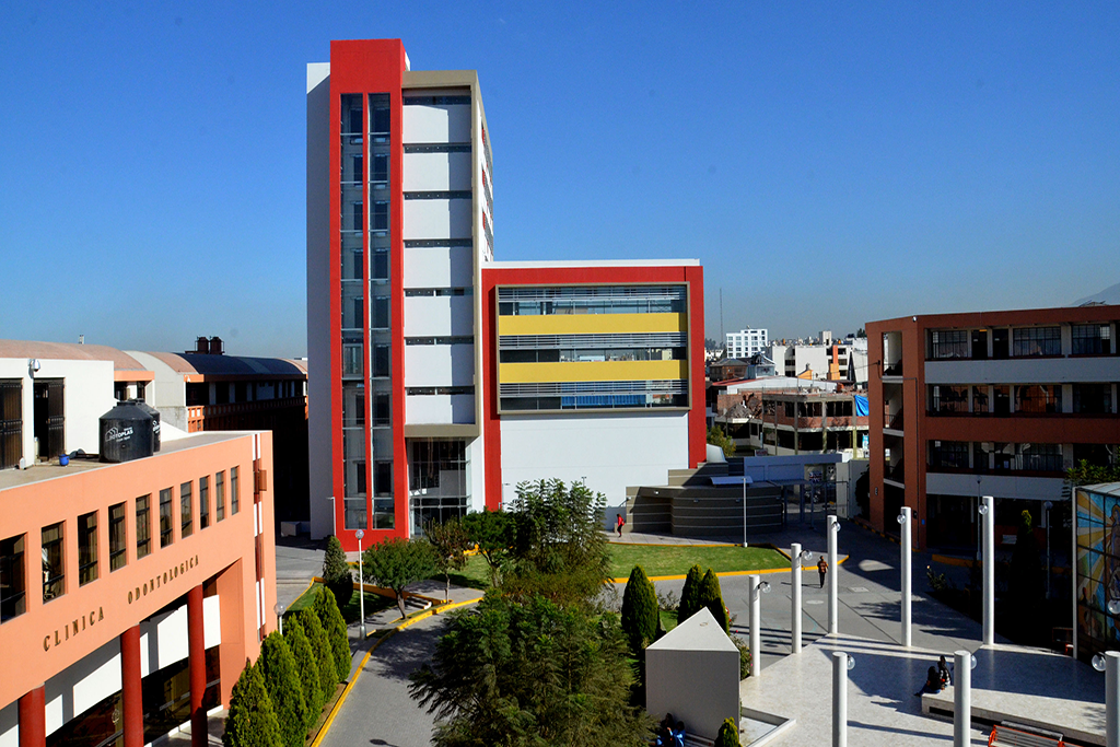 ucsm-cuenta-con-22-escuelas-profesionales-acreditadas-a-nivel-nacional-e-internacional-por-su-calidad-educativa-3