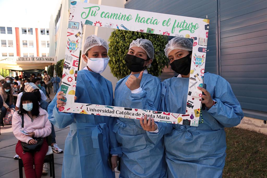 ucsm-con-exito-se-desarrollaron-las-jornadas-de-vacunacion-en-la-ucsm-gracias-al-trabajo-colectivo-de-autoridades-y-personal-sanitario-1